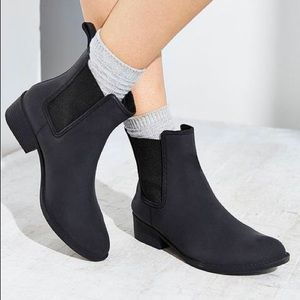 Urban Outfitters Jeffrey Campbell Stormy Rain Boot